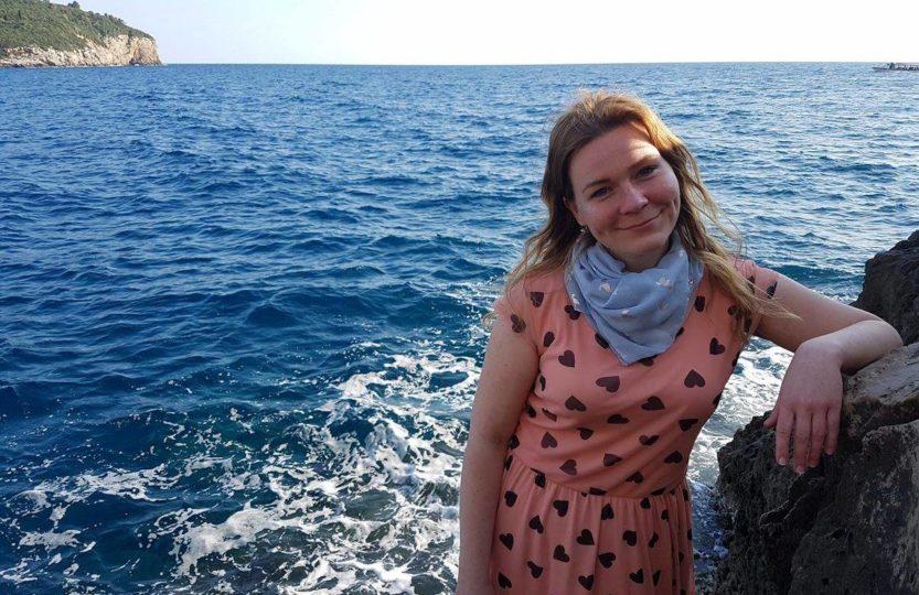 Projekt Zambia Toruń wakacje morze dziewczyna letnia sukienka gosia wołowicz