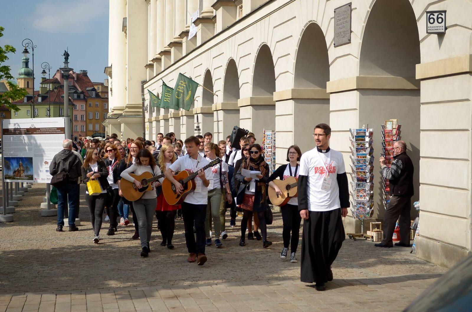 Ewangelizacja naJuwenaliach ksiądz św.Anna Kościół krakowskie Przedmieście Duszpasterstwo