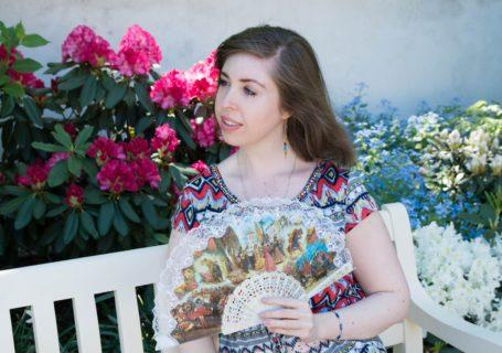 Majówka rekolekcje chrześcijanka z sąsiedztwa wachlarz sukienka ogród