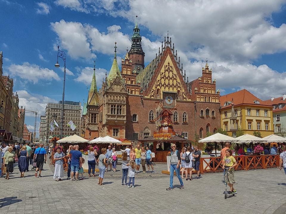 Wrocław rynek ludzie miasto polska