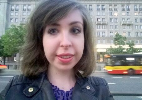 Dziewczyna chrześcijanka z sąsiedztwa autobus ramoneska miasto warszawa stolica słów